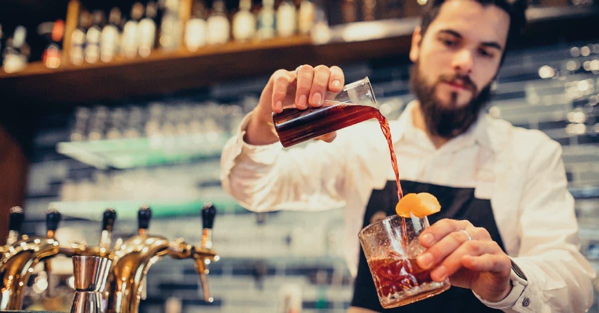 con que se mezcla la ginebra - mejores cocteles