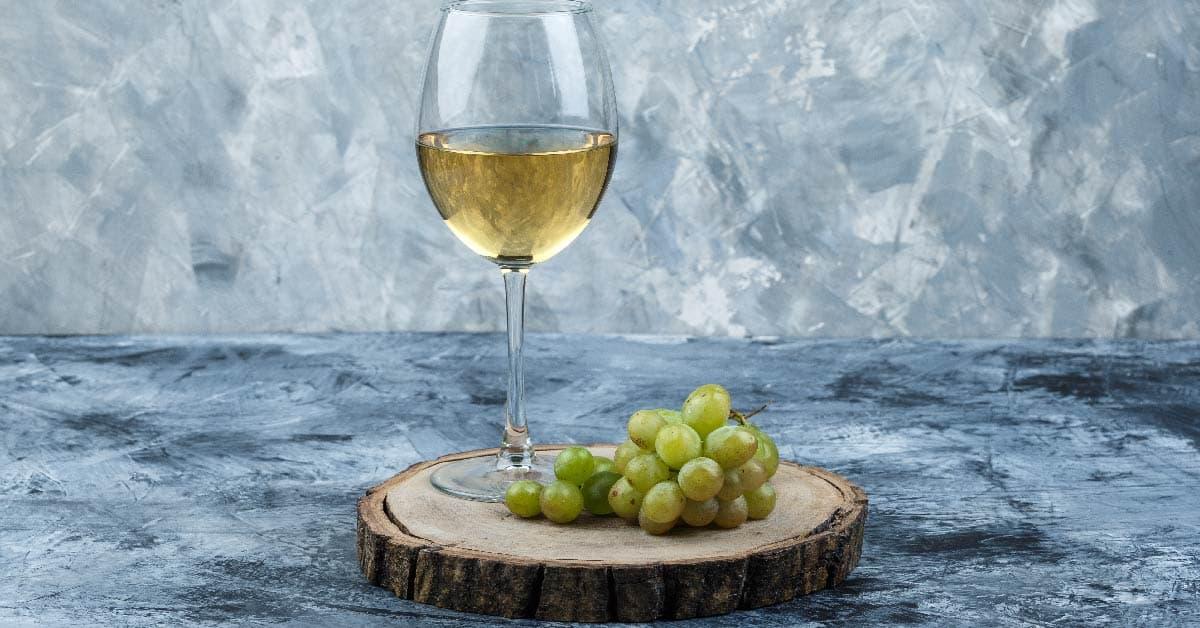 el mejor vino blanco semidulce